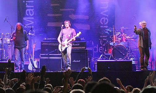 Encontro Marcado - Sá,Guarabyra,14 Bis e Flávio Venturini - Chevrolet Hall - Belo Horizonte - 12/02/2011 (1/2)